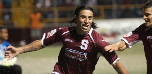 Jose Cancela celebrates his stunning goal on Sunday. (Photo: Deportivo Saprissa)