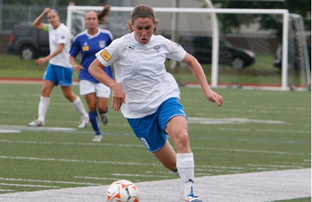 The Breakers will welcome back Heather O'Reilly after the U.S. Women's National Team veteran spent portions of the summer with the club last summer. (Photo: Chris Aduama/aduama.com)