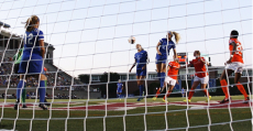 Kristie Mewis scored the decider to give the Breakers a 1-0 win over the Dash in Sunday's season finale.